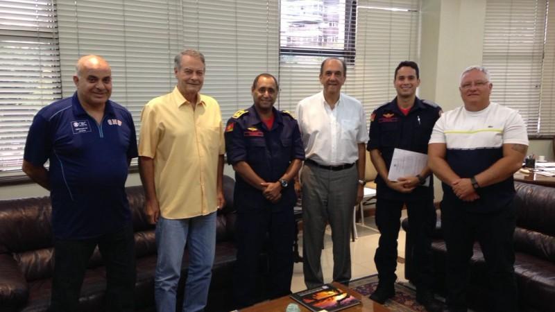 a7237d0391 Grêmio Náutico União firma acordo com CBMRS em benefício à Operação ...